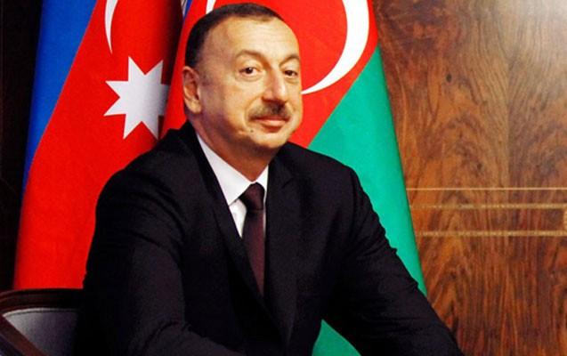 İlham Əliyev Yunanıstan prezidentini təbrik etdi