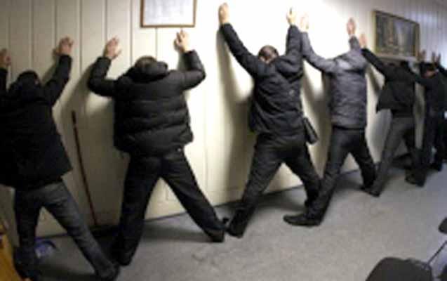 Salyanda kriminal avtoritet dəstəsi tutuldu