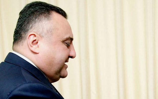 Eldar Mahmudov taktikanı dəyişir...