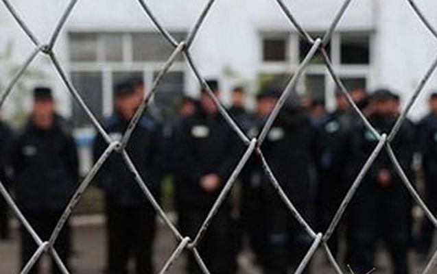 İnsan Haqları üzrə Monitorinq qrupunun əfv üçün təqdim etdiyi siyahıda 25 nəfərin adı var.