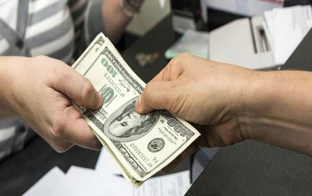 Azərbaycanda bank depozitlərin qaytarılmasını tam dayandırdı