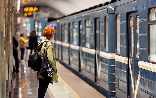 Metroda işıqlar söndü