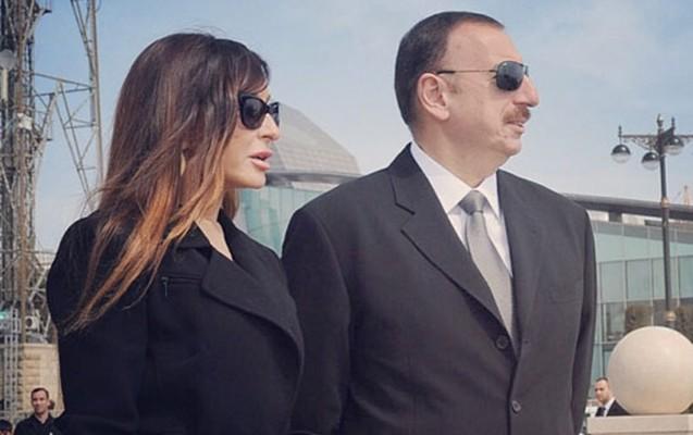 İlham Əliyev və xanımı Bakı Ekspo Mərkəzində