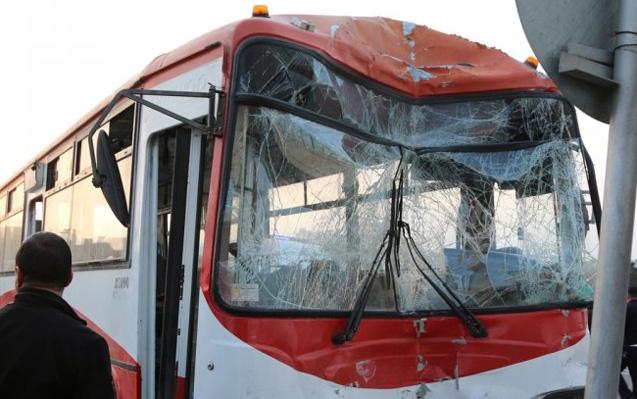 Bakıda avtobus qəzası -Ölən və yaralananlar var