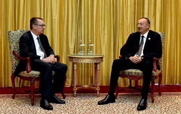 Əliyev Pan Gi Munun müavini ilə görüşüb