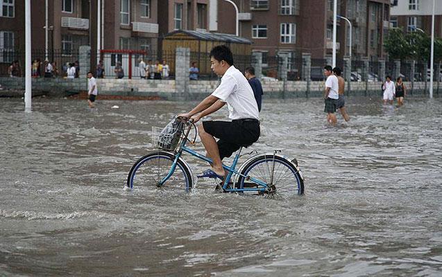 Güclü yağışda 10 nəfər öldü