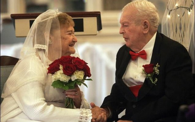 81 yaşında evlənib - Azərbaycanın ən yaşlı bəyi