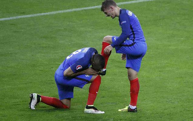 Fransa-İslandiya oyununda 7 qol oldu
