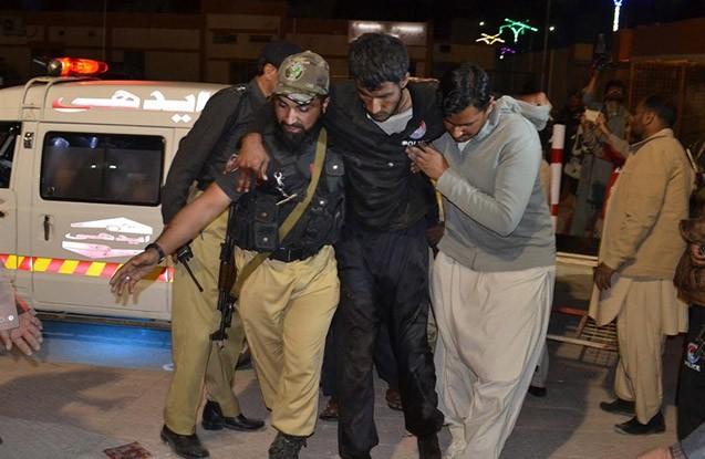 Pakistanda polis kollecinə hücum - 59 ölü, 100 yaralı + Yenilənib