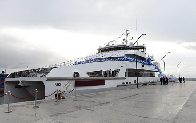 İlham Əliyev yeni gəminin açılışında