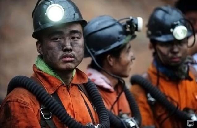 Çində şaxtada yanğın - 22 nəfər yerin altında qalıb