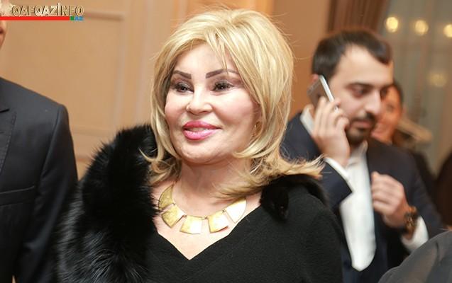 71 yaşlı Amaliya Pənahova dəyişdi - Fotolar