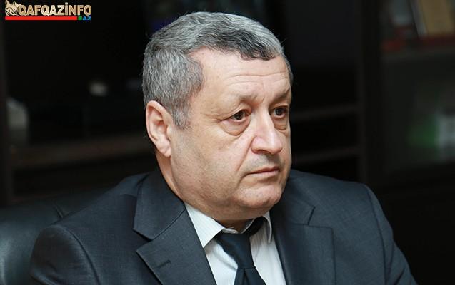 """""""Eldar Mahmudov tələbə vaxtı """"06"""" ilə avtoşluq edirdi"""" - Müsahibə"""