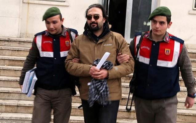 TRT-nin eks-diktoru Yunanıstana qaçarkən saxlanıldı
