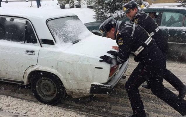 Azərbaycan polisini belə görməmişdiz...