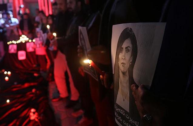 Qadın jurnalist minaya düşərək öldü -