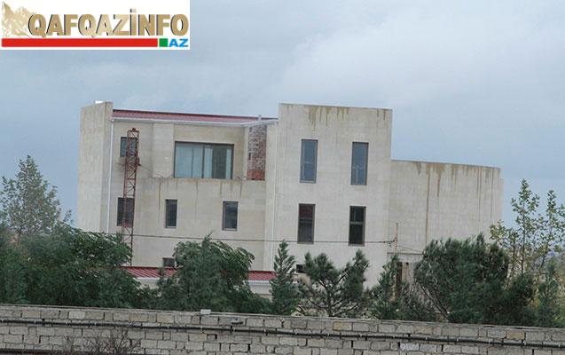 Mahmudovun Nardarandakı villalar şəhərciyi - Foto