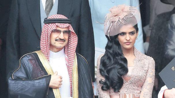 """""""Mardan Palace""""ı bağlatdıran kral oğlunun -  30 maşınlıq korteji"""