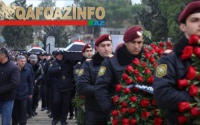 Ramil Usubov da polislərin dəfn mərasiminə gəldi -  Fotolar+Yenilənib