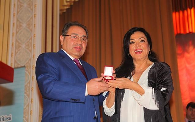 BDU-da Türkan Şoray coşğusu  -  Fotolar