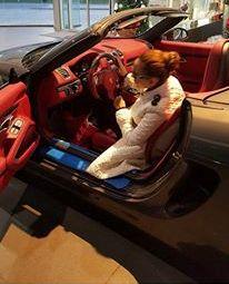 """Nanə özünə """"Porsche"""" aldı  -  Fotolar"""