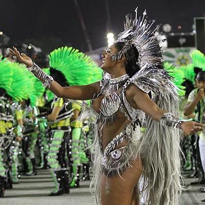 Möhtəşəm Rio-de-Janeyro karnavalından - Fotolar