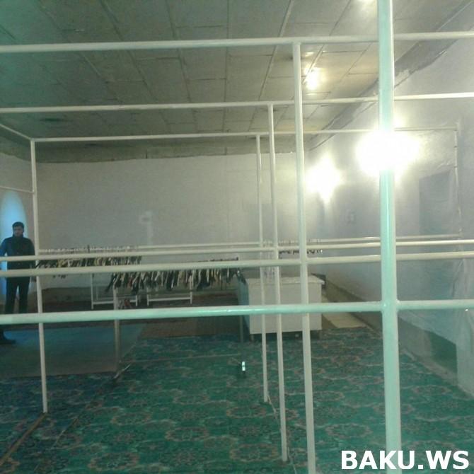 Bakıda kasıblar üçün açılmış pulsuz mağaza bir günə boşaldıldı - Fotolar