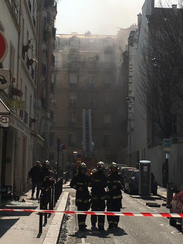 Parisdə yaşayış binasında partlayış -  Yaralılar var