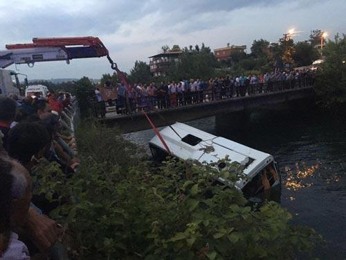 Türkiyədə dəhşətli faciə  -  16 nəfər öldü + Fotolar