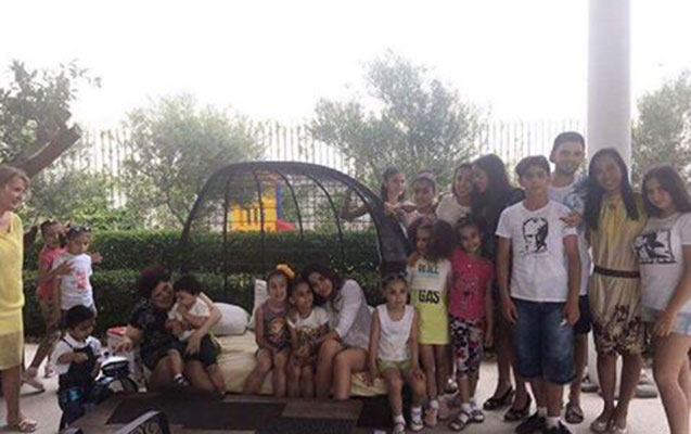 Leyla Əliyeva uşaqlarla bir arada -  Fotolar