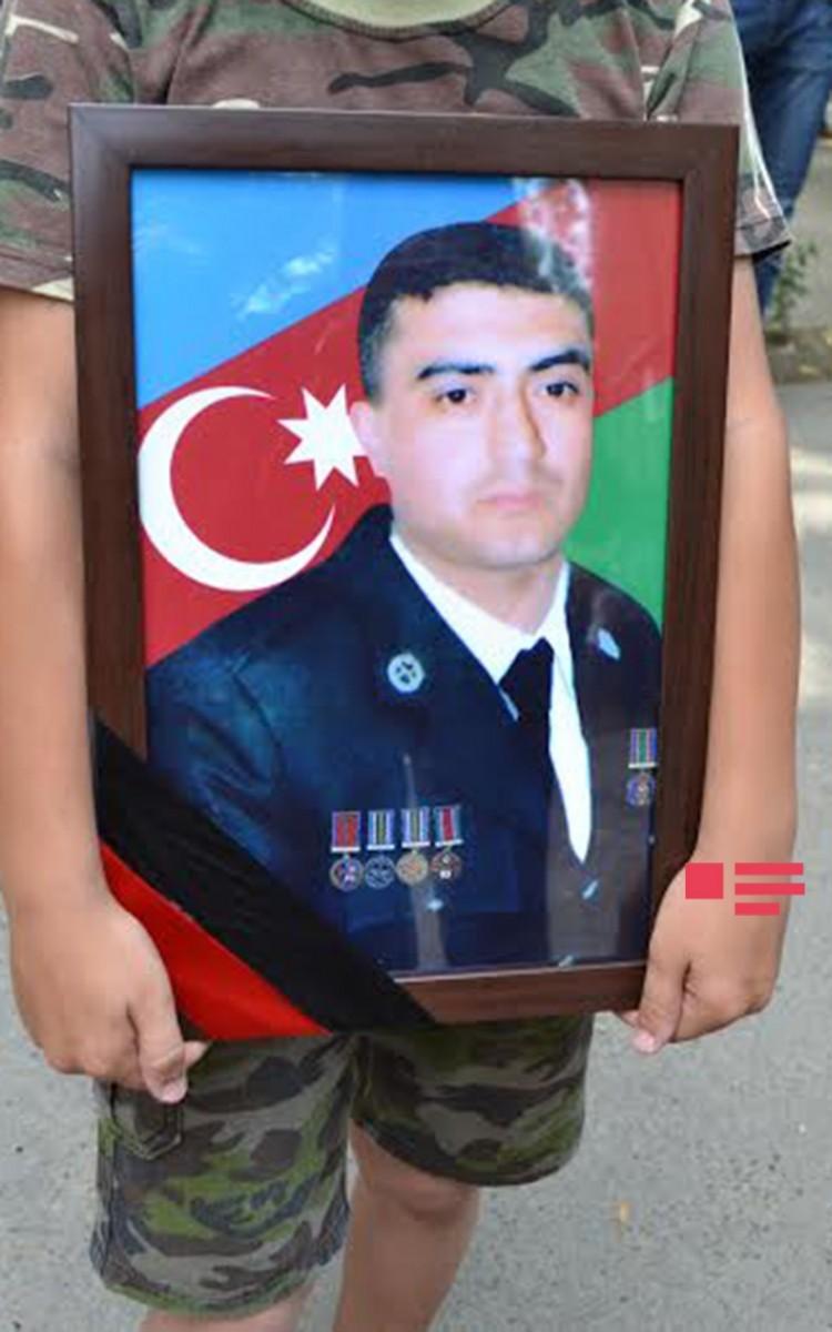 Bu gün vəfat edən tankçımız dəfn olundu -  Fotolar + Yenilənib