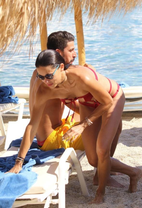 Alman futbolçu Adriana Lima ilə -   Fotosessiya