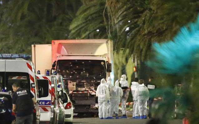 Fransada dəhşətli terror -   80-dən çox ölən var + Video