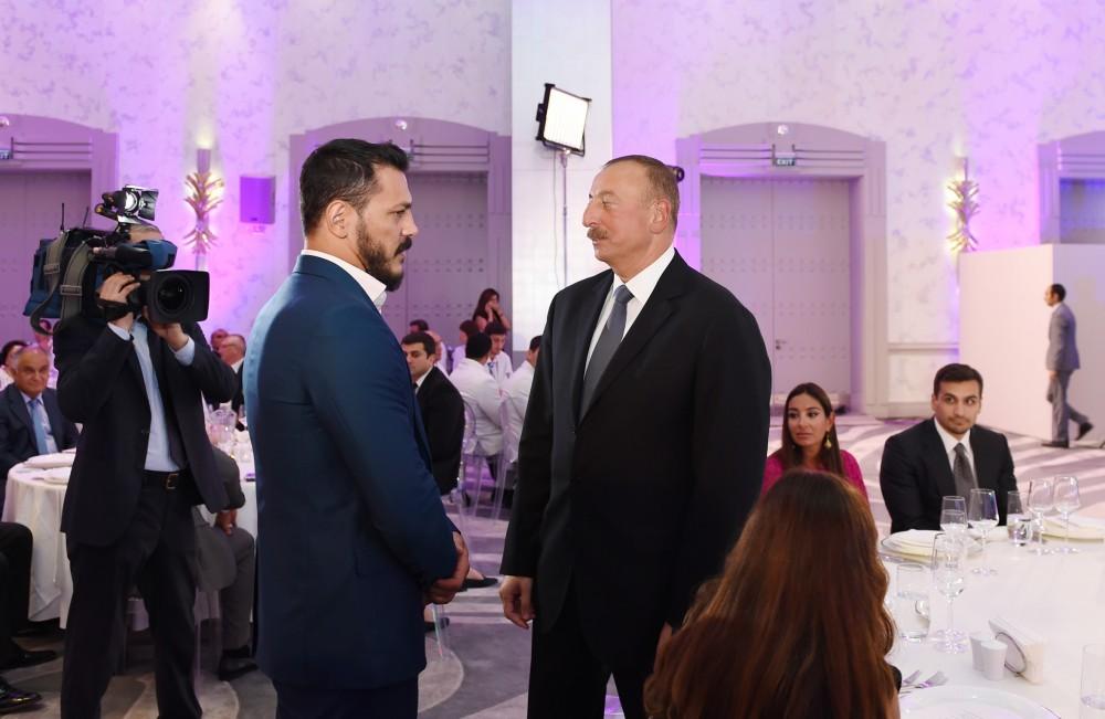 """""""Qələbə həyasızcasına, biabırcasına əllərindən alındı"""" -  Prezident+Fotolar"""