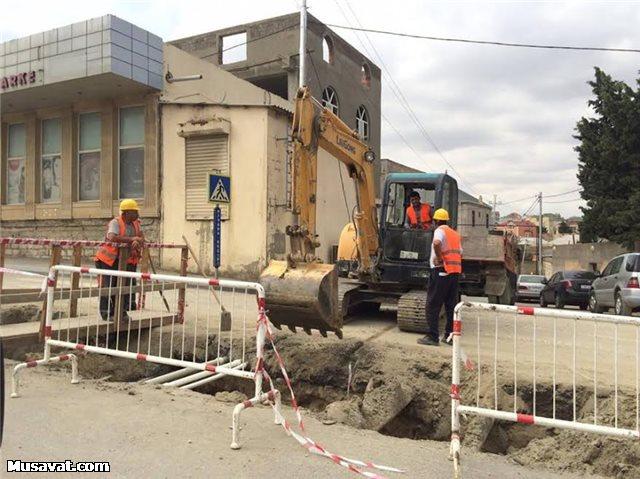 """İcra Hakimiyyətinin saldığı yolu """"Azərsu"""" dağıdır -  Fotolar"""