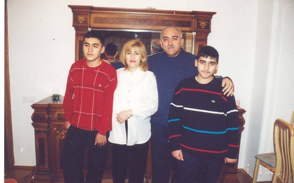 """İsa Qəmbərdən 30 ilin etirafı -  """"Sənə layiq olmağa çalışdım..."""""""