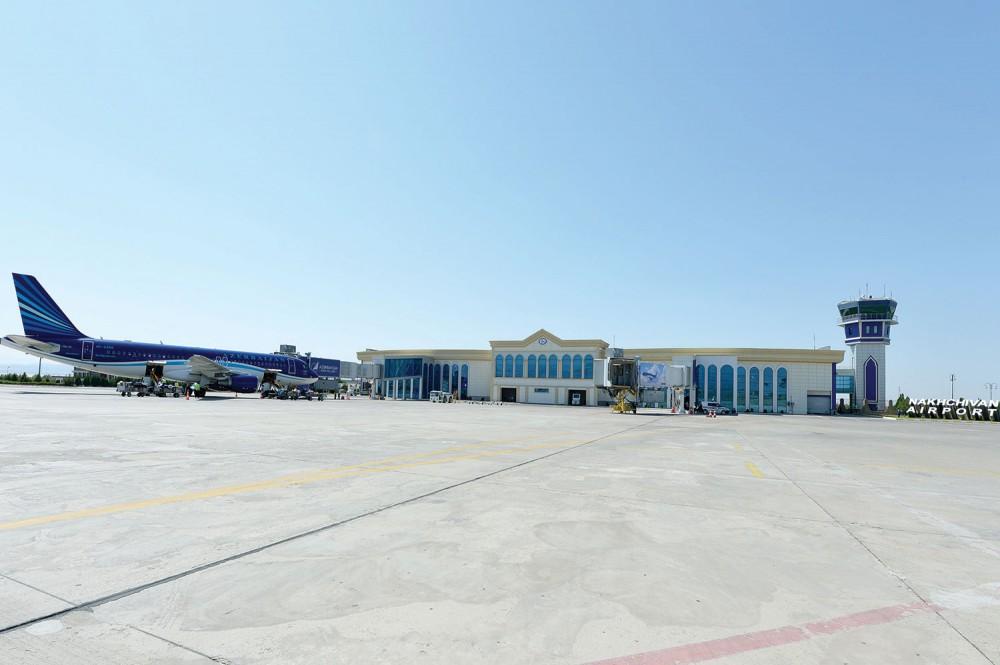Vasif Talıbov aeroportda açılış etdi -  Fotolar