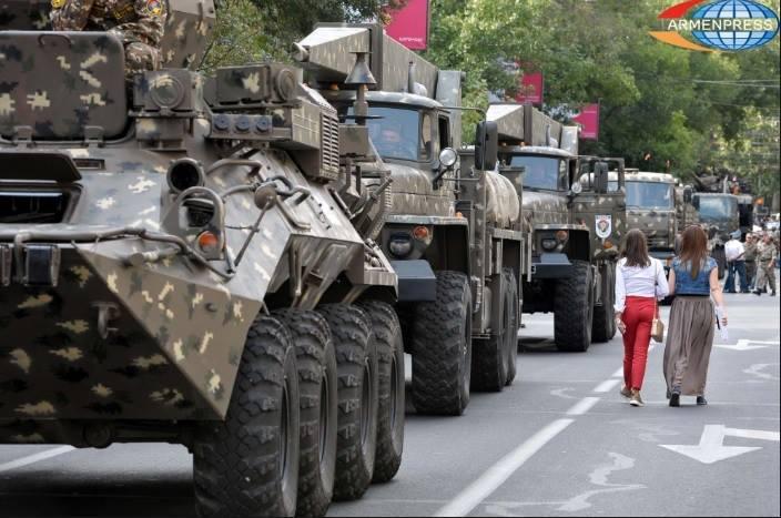Ermənilər müasir silahları hardan aldı?  -  Fotolar