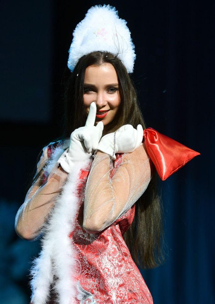 Rusiyanın ən gözəl modelləri seçildi - Fotosessiya