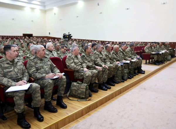 Azərbaycan Silahlı Qüvvələrinin rəhbər heyəti toplaşıb -  Fotolar
