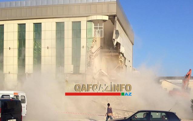 Bakıda otel sökülür -  Abutalıbov hadisə yerində + Video