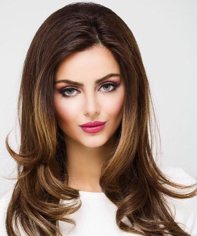 """""""Buraka şərh yazdım, məni """"blok""""a atdı"""" -  İranlı model"""