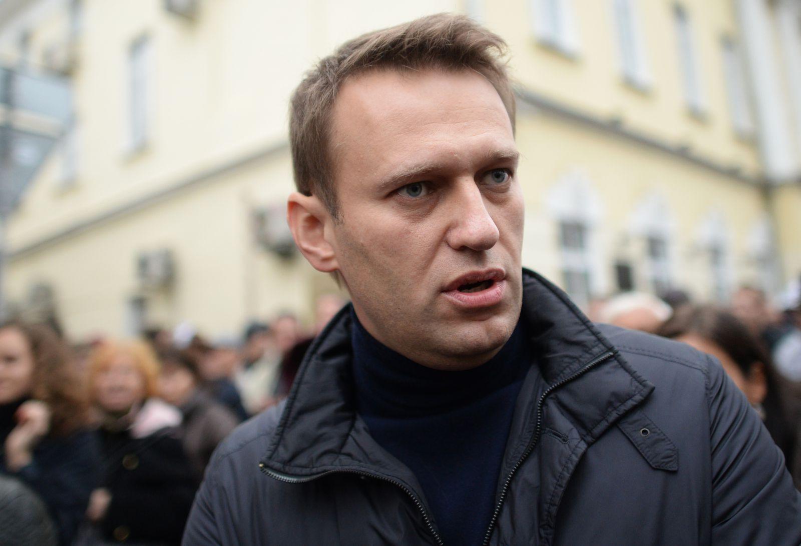 Medvedev məşhur siyasətçini İnstaqramda blokladı
